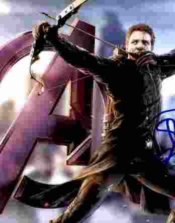 Jeremy Renner authentic signed 8x10 picture