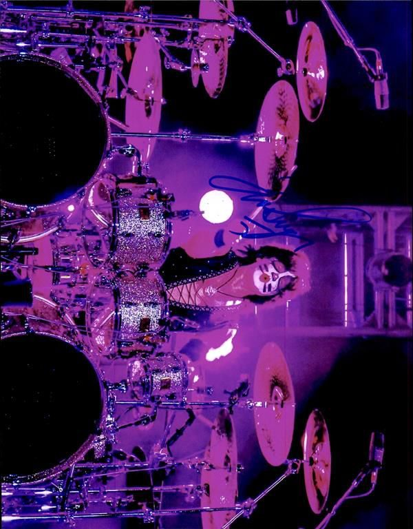 Eric Singer authentic signed 8x10 picture