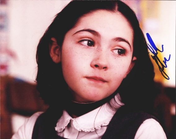 Isabelle Fuhrman authentic signed 8x10 picture