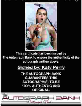Katty Perry authentic signed 8x10 picture