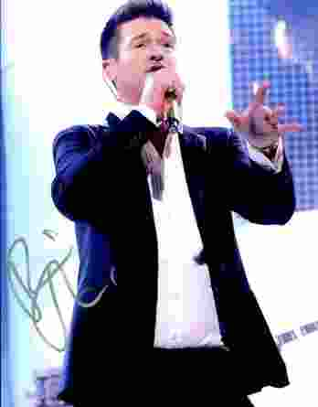 Robin Thicke authentic signed 8x10 picture