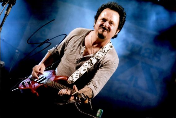 Steve Lukather authentic signed 8x10 picture