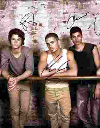 The Wanted authentic signed 8x10 picture