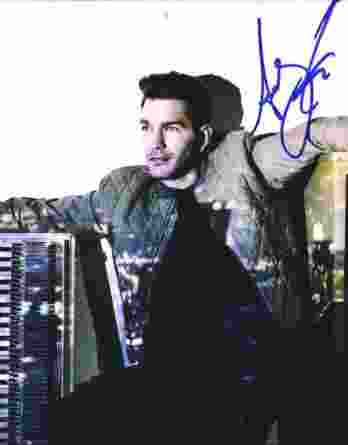 Andy Grammer authentic signed 8x10 picture