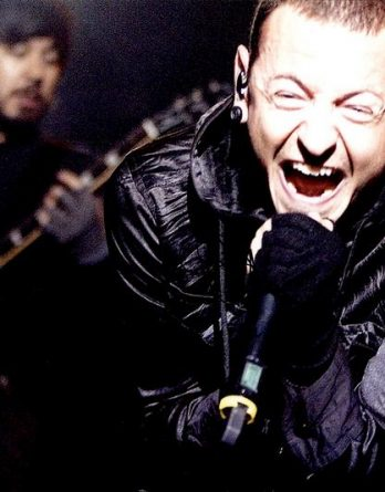 Chester Bennington authentic signed 8x10 picture