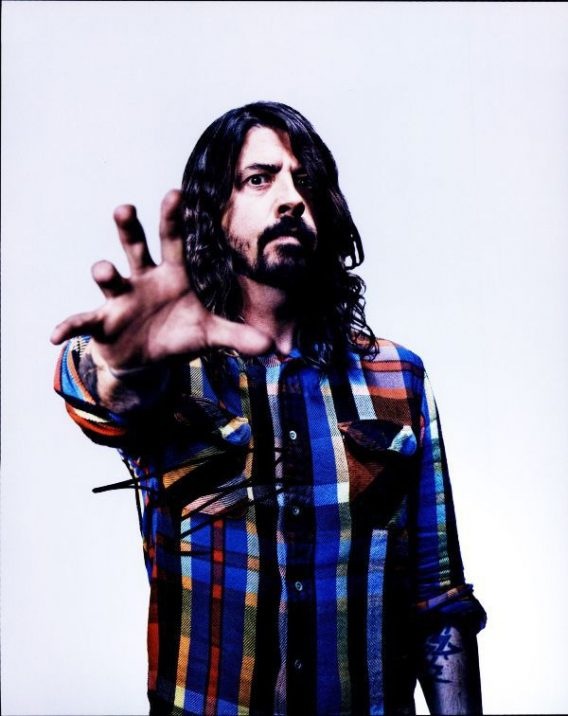 Dave Grohl authentic signed 8x10 picture