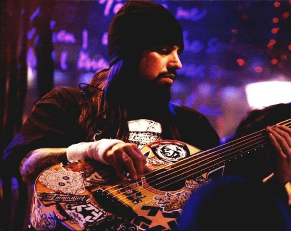 Fieldy of Korn authentic signed 8x10 picture