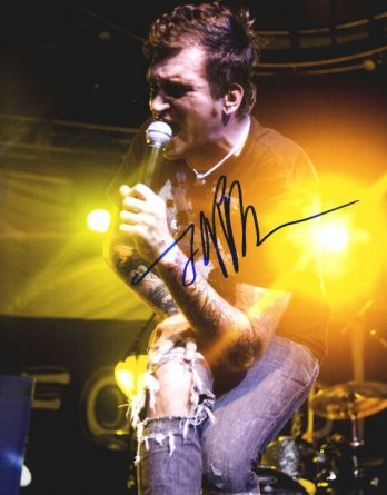 Jordan Pundik authentic signed 8x10 picture