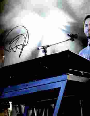 Mike Shinoda authentic signed 8x10 picture