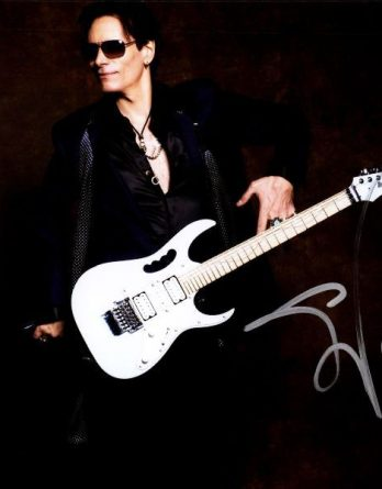 Steve Vai authentic signed 8x10 picture