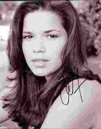 America Ferrera authentic signed 8x10 picture