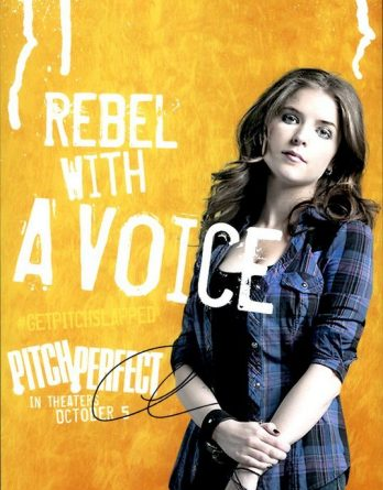 Anna Kendrick authentic signed 8x10 picture