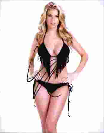 Charlotte McKinney authentic signed 8x10 picture