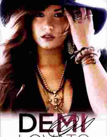 Demi Lovato authentic signed 8x10 picture