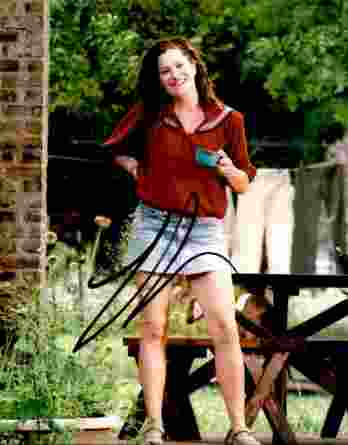 Kathryn Hahn authentic signed 8x10 picture