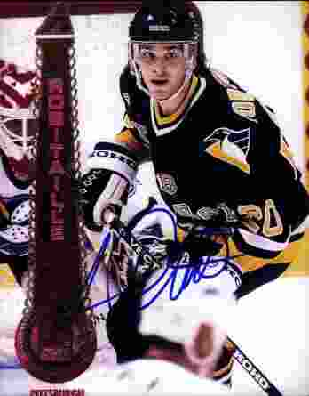 Luc Robitaille authentic signed 8x10 picture