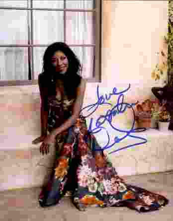 Natalie Cole authentic signed 8x10 picture