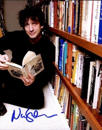 Neil Gaiman authentic signed 8x10 picture
