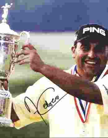 Angel Cabrera authentic signed 8x10 picture