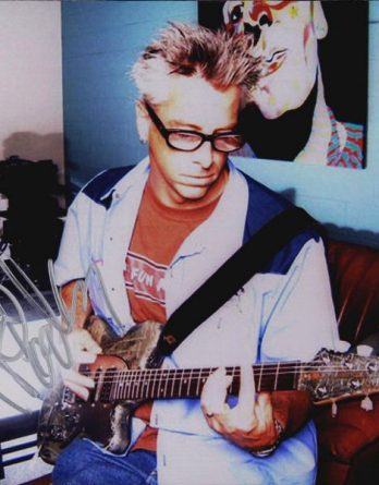 Noodles of Offspring authentic signed 8x10 picture