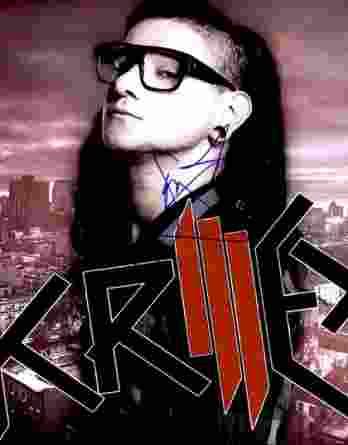 Skrillex authentic signed 8x10 picture