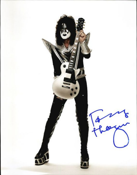 Tommy Thayer authentic signed 8x10 picture