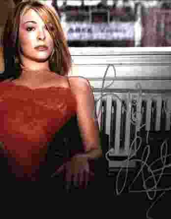 Leann Rimes authentic signed 8x10 picture