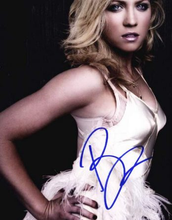Brittany Snow authentic signed 8x10 picture