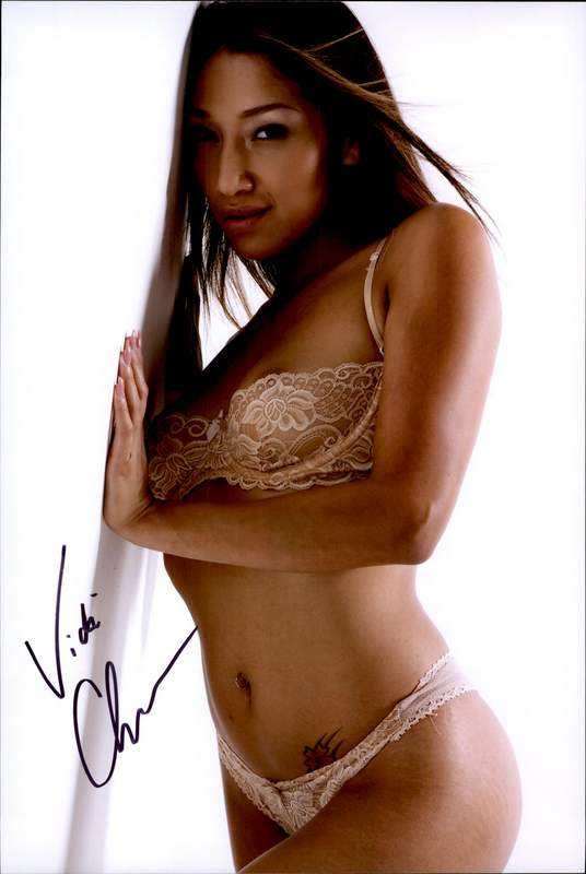 Vicki Chase authentic signed 10x15 picture