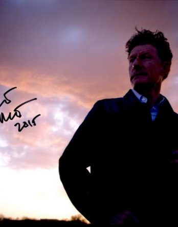 Lyle Lovett authentic signed 10x15 picture