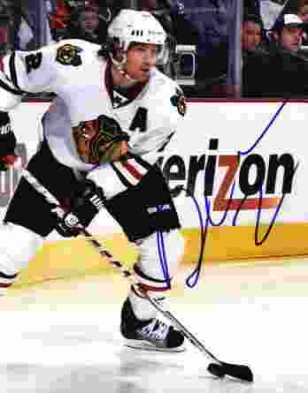 Duncan Keith authentic signed 8x10 picture