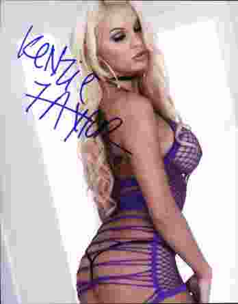 Kenzie Taylor authentic signed 8x10 picture