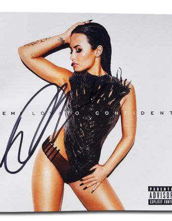 Demi Lovato authentic signed 10x15 picture