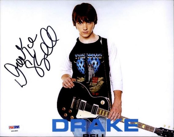 Drake Bell authentic signed 8x10 picture