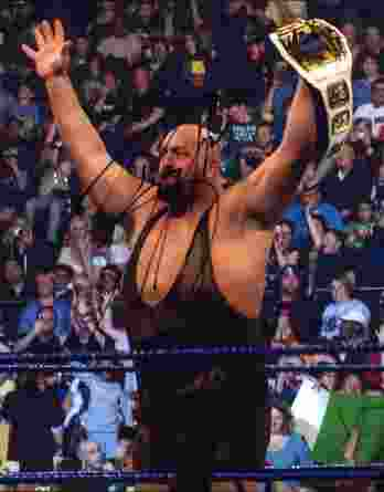 Big Show authentic signed WWE wrestling 8x10 photo W/Cert Autographed 05 signed 8x10 photo