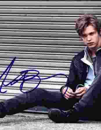 Austin Butler signed 8x10 poster